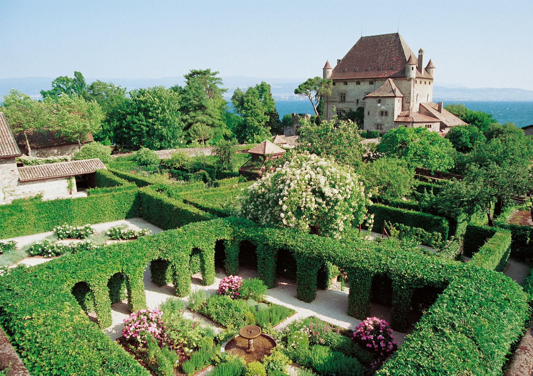 Yvoire village m di val en haute savoie 74 for Jardin remarquable
