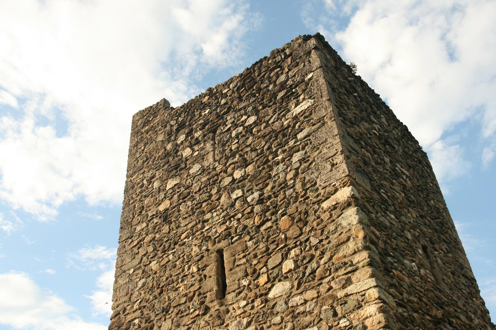 Yvoire cité médiévale fortifications