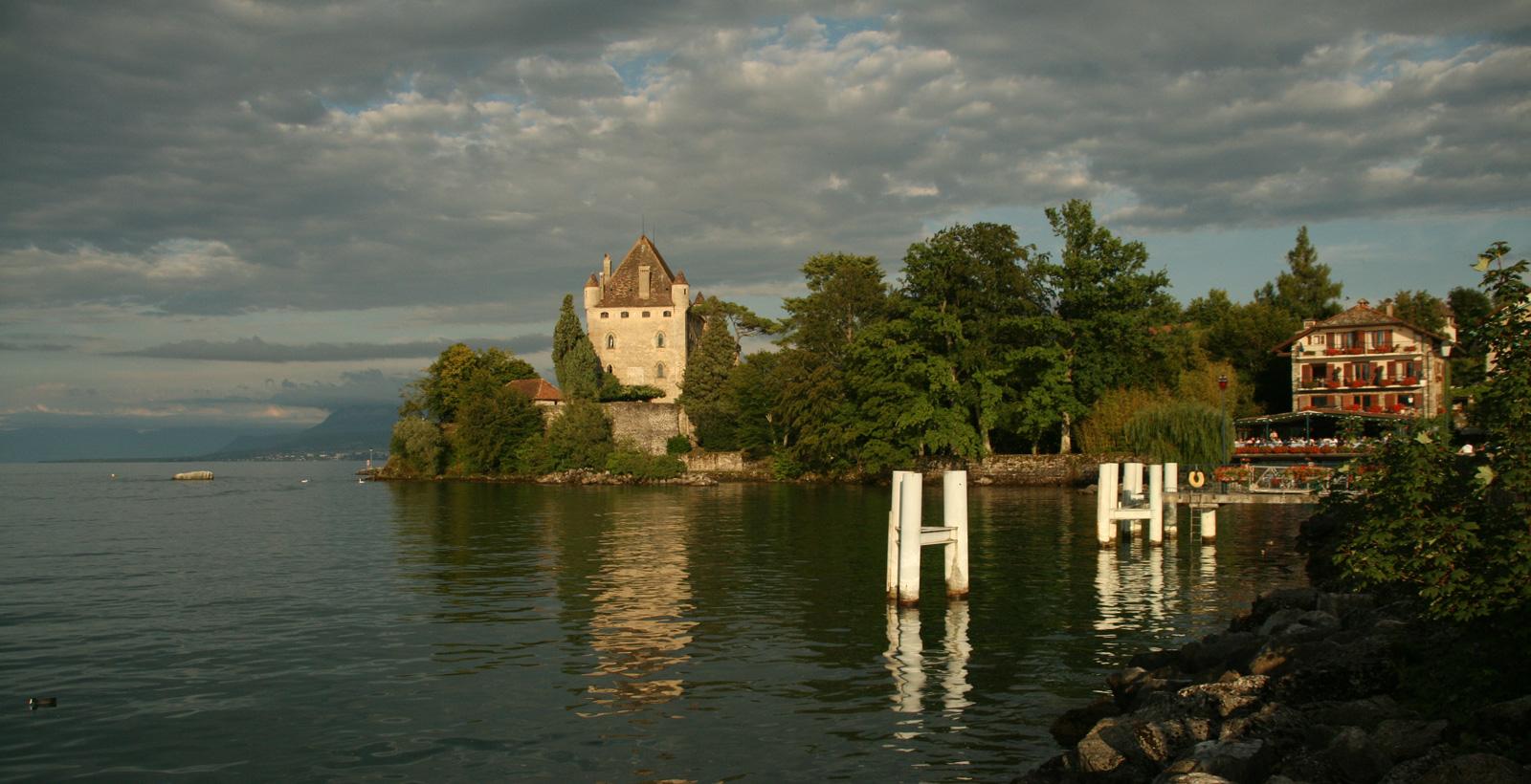 Château d'Yvoire depuis le port.